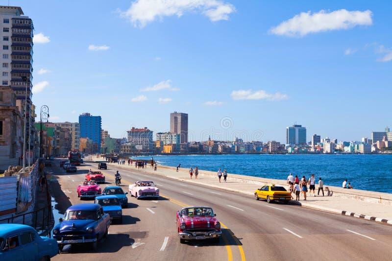 著名堤防散步在哈瓦那,古巴 库存图片