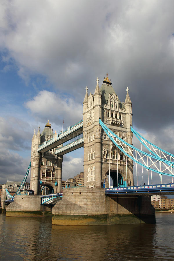 著名塔桥梁, 库存照片