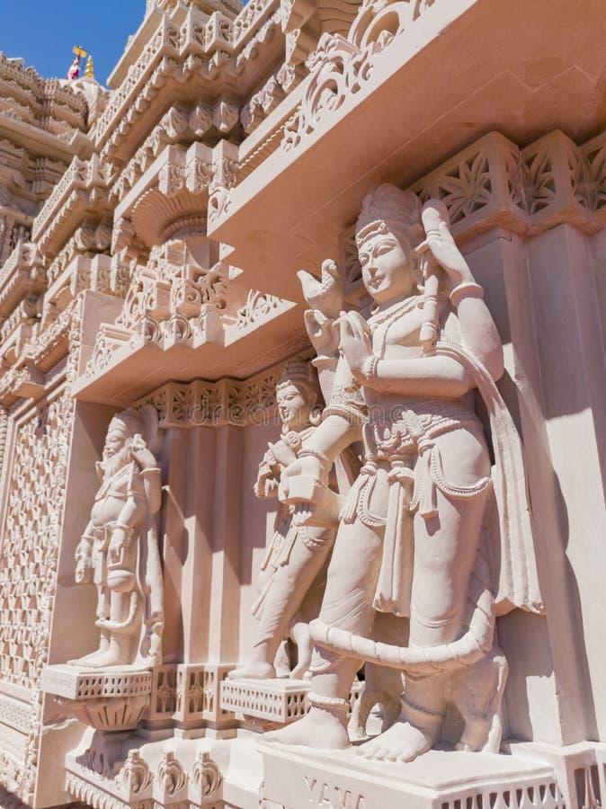 著名小面包Shri Swaminarayan Mandir的外视图 免版税库存图片