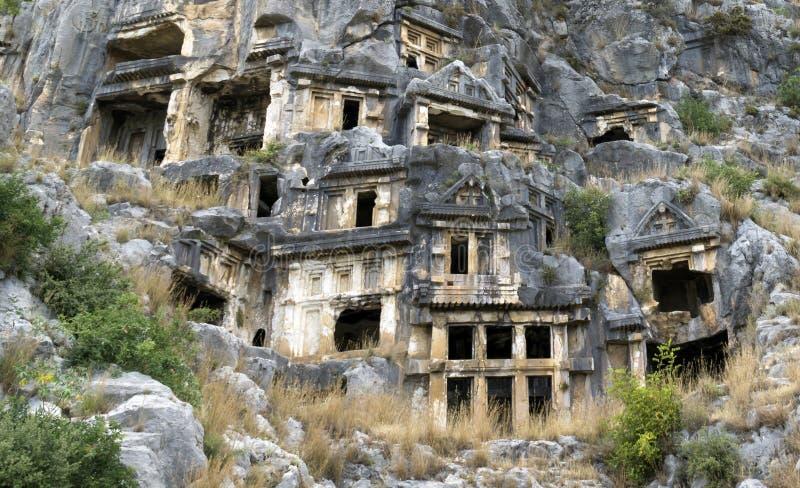 著名摇滚删节的Lycian坟茔在迈拉代姆雷,土耳其 免版税库存图片