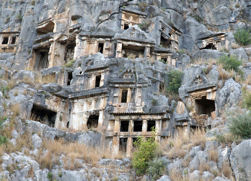 著名摇滚删节的Lycian坟茔在迈拉(代姆雷),土耳其 库存照片