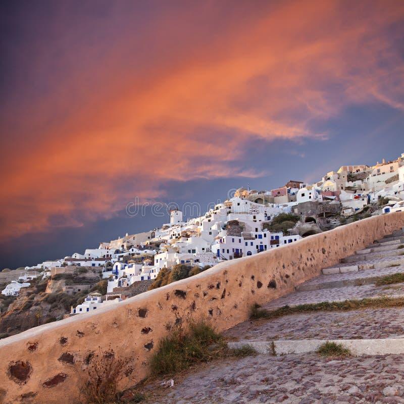 日落在Oia Santorini 免版税库存图片