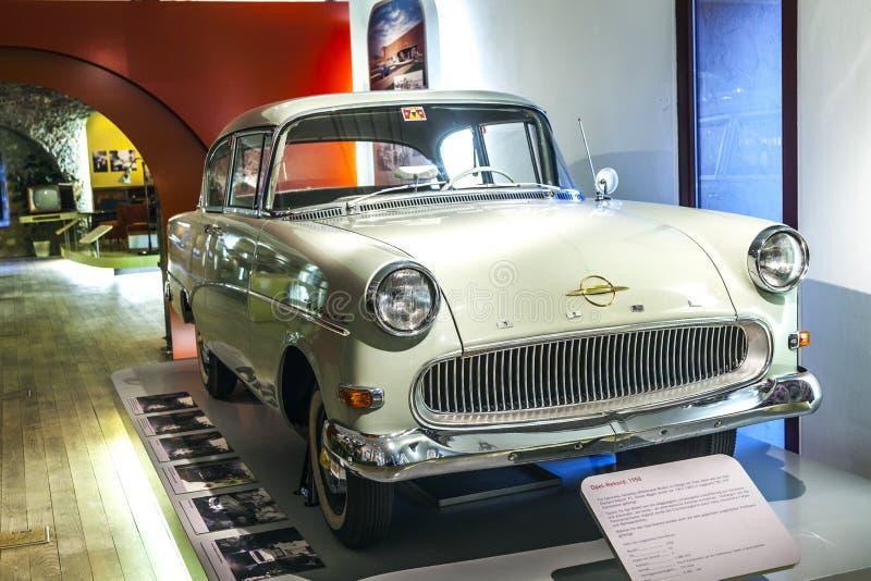 著名欧宝纪录在博物馆 免版税图库摄影