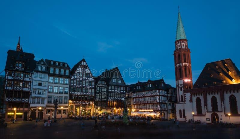 著名法兰克福市Romerberg广场在德国 免版税库存图片