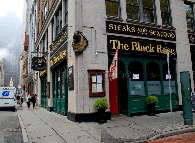 著名爱尔兰餐馆,黑人罗斯,营业,街市波士顿,大量, 2014年 库存照片