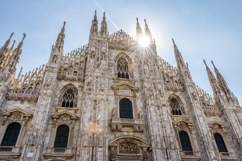 著名米兰大教堂或者中央寺院,在米兰,意大利 库存照片