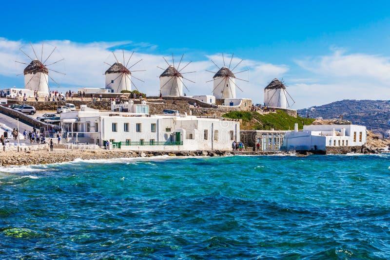 著名米科诺斯岛风车 免版税图库摄影