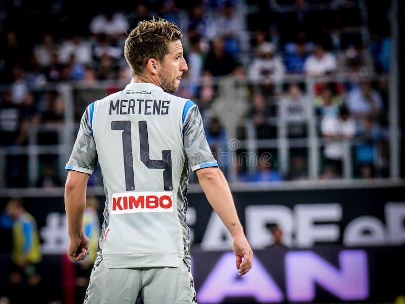 著名足球运动员烘干Mertens #14 免版税库存照片