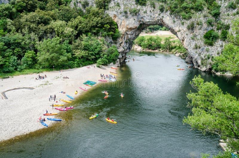 著名Pont d `弧在法国 库存图片