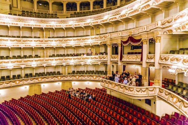著名Semper歌剧的观众席在德累斯顿 图库摄影