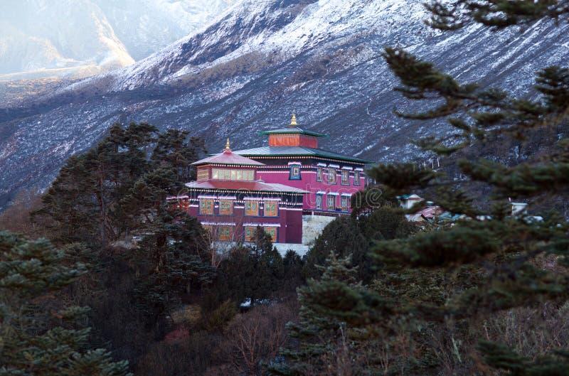 著名Tengboche佛教徒修道院在萨加玛塔国家公园, 免版税图库摄影