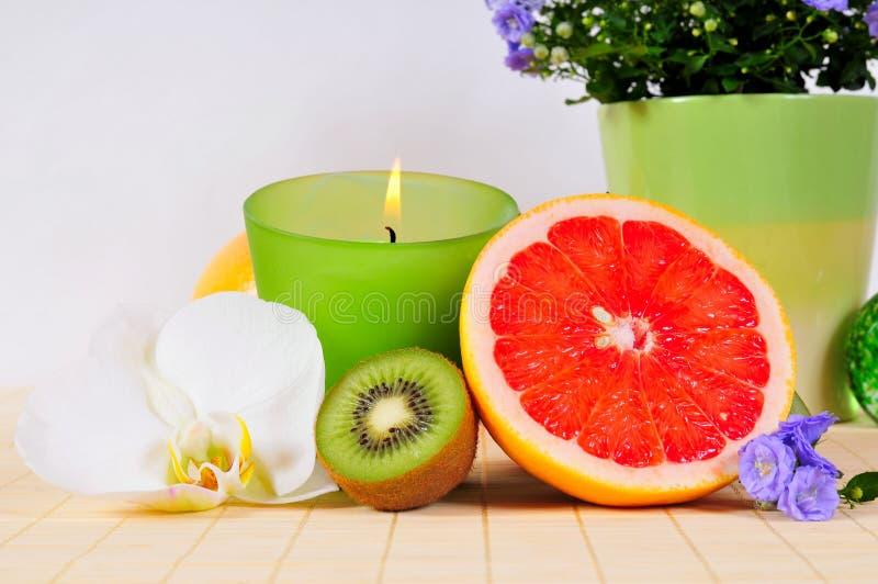 葡萄柚猕猴桃兰花健康 库存照片