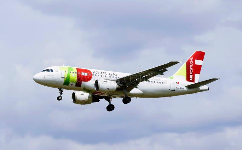 葡萄牙航空飞机  免版税库存图片
