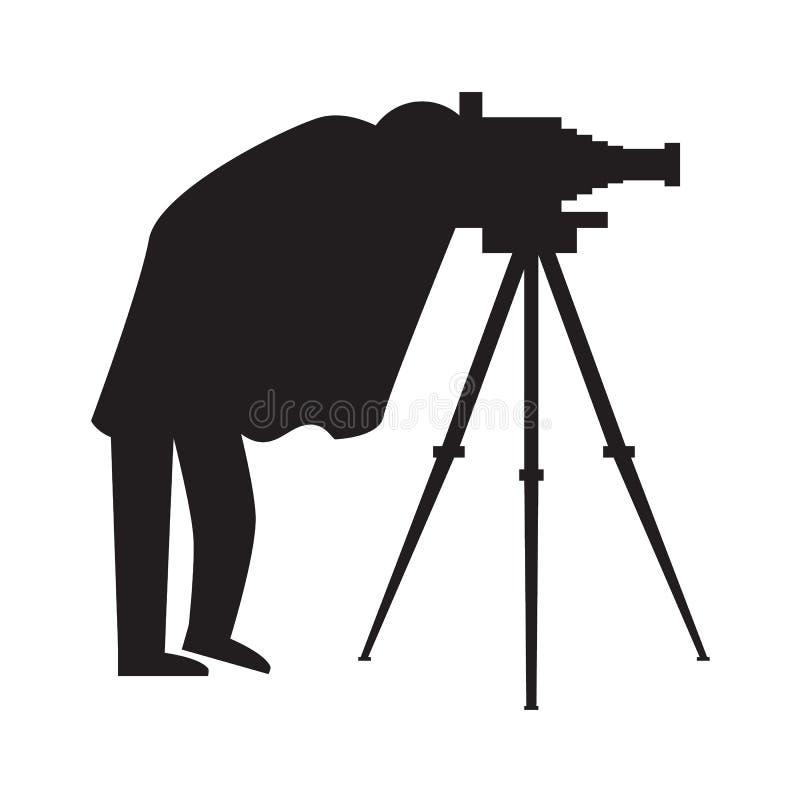葡萄酒与古色古香的照相机和三脚架的摄影师剪影 也corel凹道例证向量 皇族释放例证