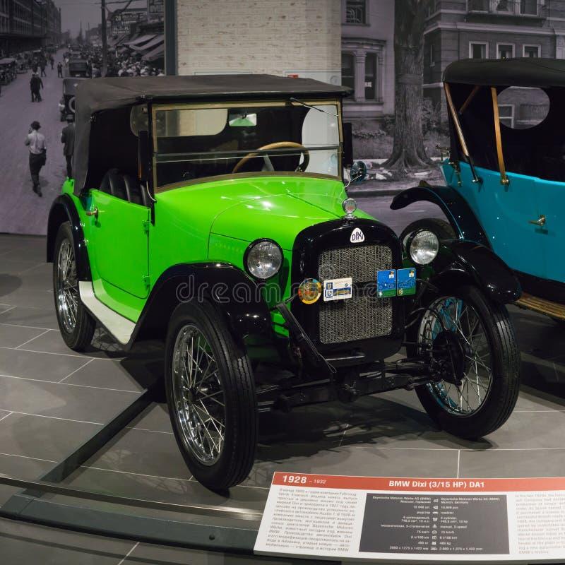 葡萄酒减速火箭的汽车BMW在博物馆的Dixi DA1 免版税库存图片