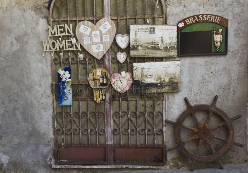 葡萄酒商店在阿马飞 免版税库存照片