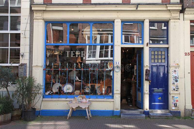 葡萄酒商店门面在阿姆斯特丹,荷兰 免版税库存图片