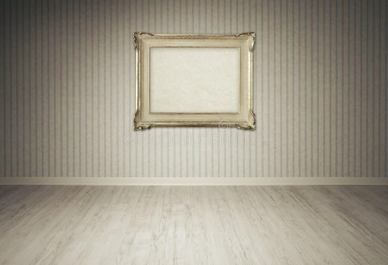 葡萄酒在一间空的屋子的画框 免版税库存图片