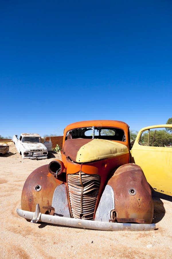 葡萄酒在单粒宝石镇,在Namib De的Sossusvlei的汽车击毁 库存照片