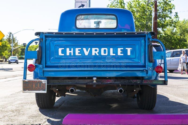 葡萄酒在路线66,金曼,亚利桑那,美国,美国,美国,北美洲的车的薛佛列 免版税图库摄影