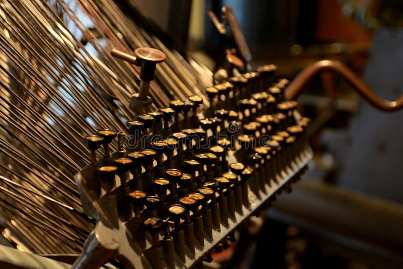 葡萄酒工业打字机从上个世纪 免版税库存照片