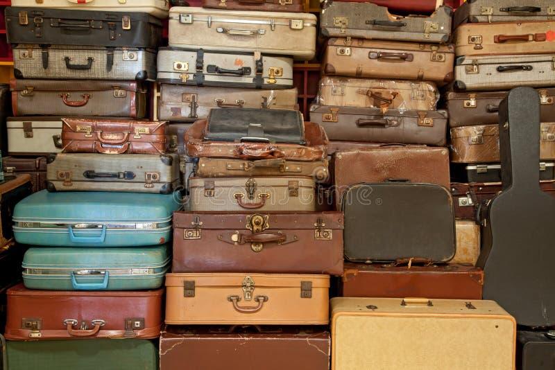 葡萄酒手提箱和公文包 库存照片