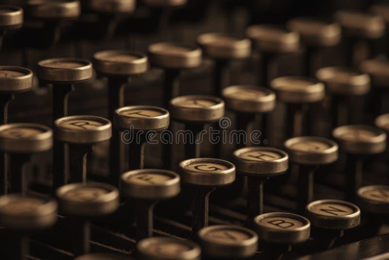葡萄酒打字机钥匙 免版税库存图片