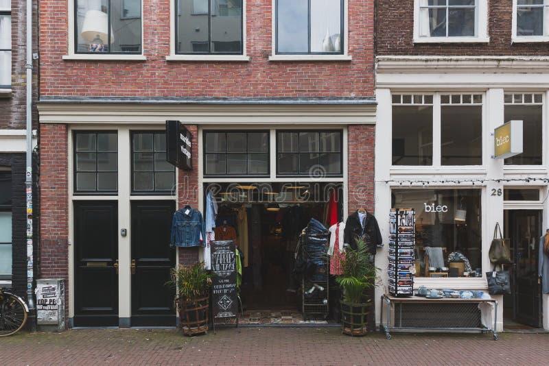 葡萄酒服装店在街市阿姆斯特丹 免版税图库摄影