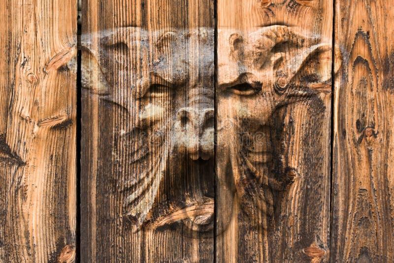Download 葡萄酒木头 库存图片. 图片 包括有 反气旋, 房子, grunge, 楼层, 背包, 要素, 木料, 硬木 - 15678485
