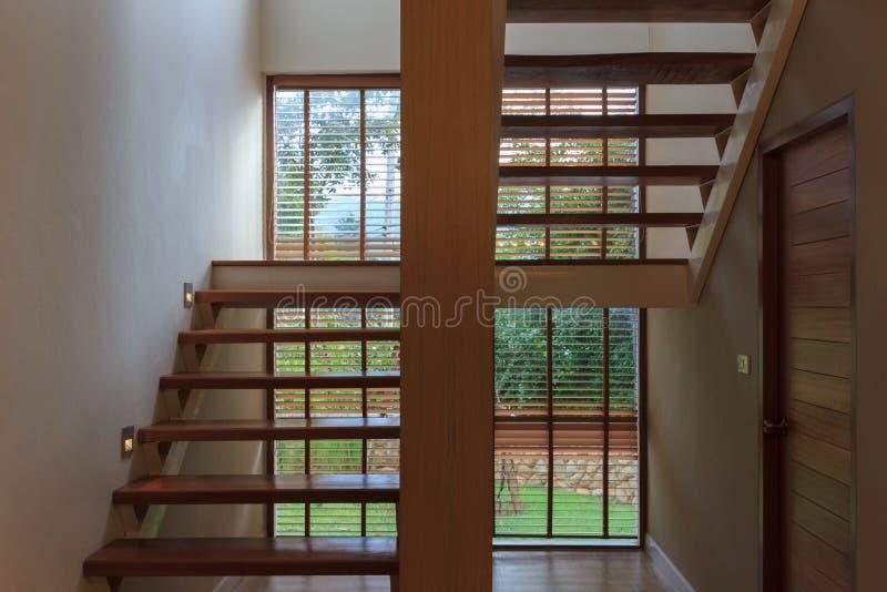 葡萄酒木梯子内部背景 免版税库存照片