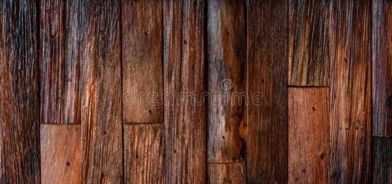 葡萄酒柚木树木困厄的纹理背景 免版税库存图片