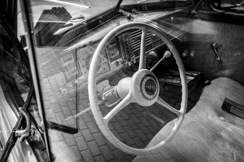 葡萄酒汽车推托事务Coupe的内部, 1940年 免版税图库摄影