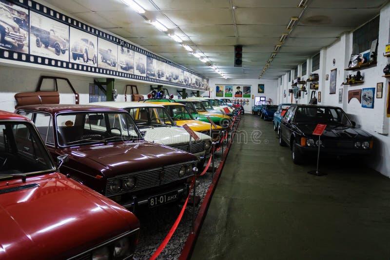 葡萄酒汽车苏联和美国敞蓬旅游车博物馆  免版税图库摄影
