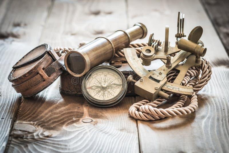 葡萄酒海军陆战队员静物画 免版税库存照片