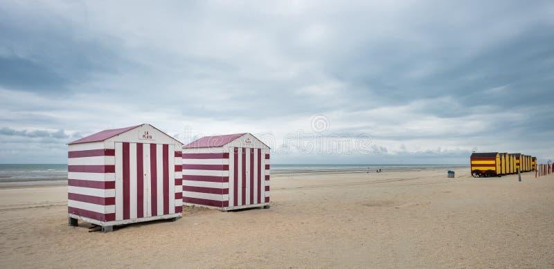 葡萄酒海滩小屋在德帕内,比利时 免版税库存图片