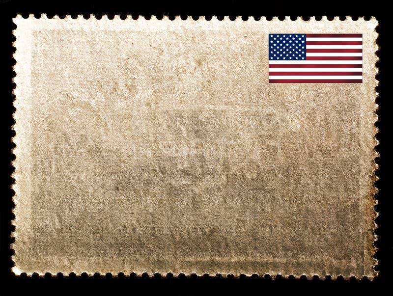 葡萄酒空白张贴了与在黑背景隔绝的美国旗子的邮票 老纸纹理 库存图片