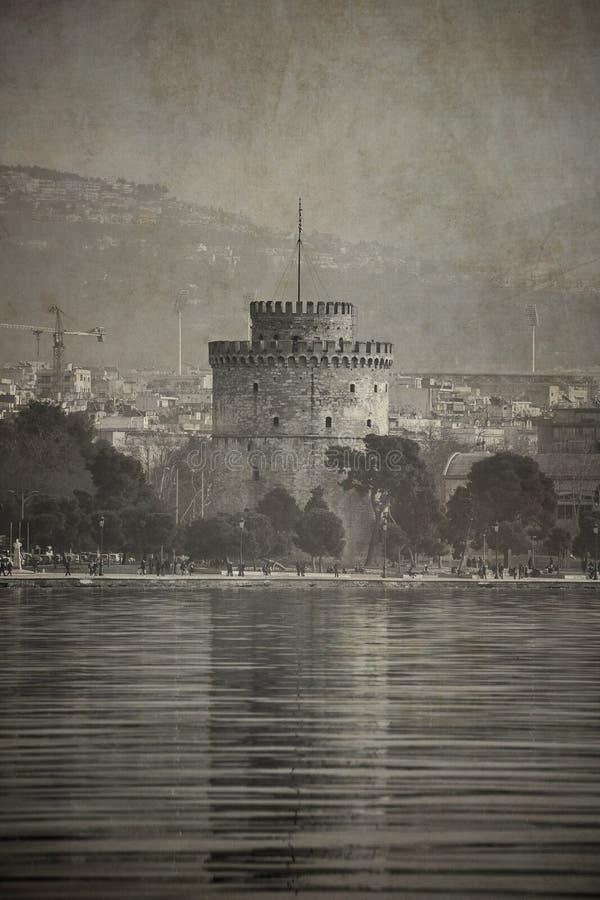 葡萄酒老牌塞萨罗尼基白色塔的神色照片  免版税图库摄影