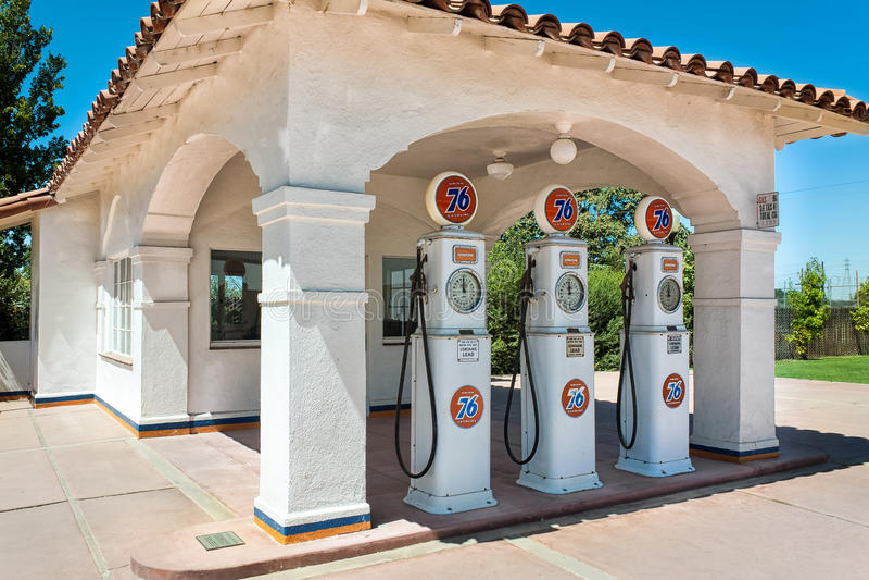 葡萄酒联合76加油站在美国 库存照片