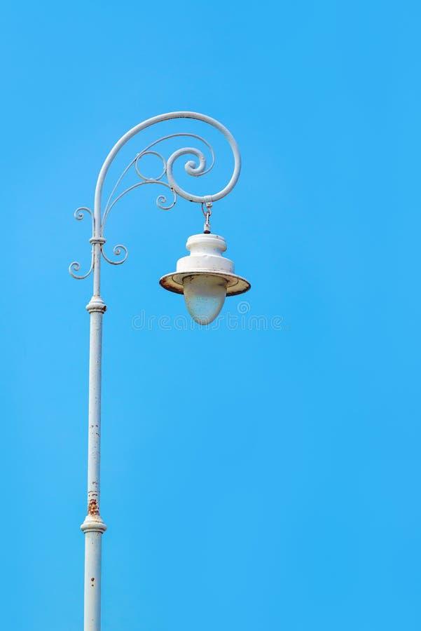 葡萄酒街道路灯柱 库存图片
