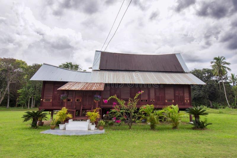 葡萄酒马来的村庄房子在马来西亚 库存照片