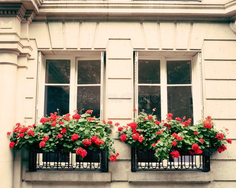 葡萄酒巴黎大厦 免版税库存照片