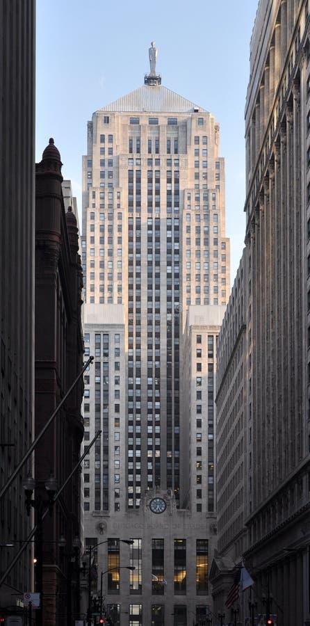 Download 董事会大厦芝加哥贸易 编辑类图片. 图片 包括有 芝加哥, 伊利诺伊, 商业, 会议室, 商务, 布琼布拉 - 22354965