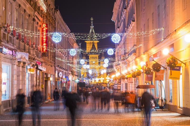 """蒂米什瓦拉,罗马尼亚†""""2015年12月17日:未认出的人wa 库存照片"""