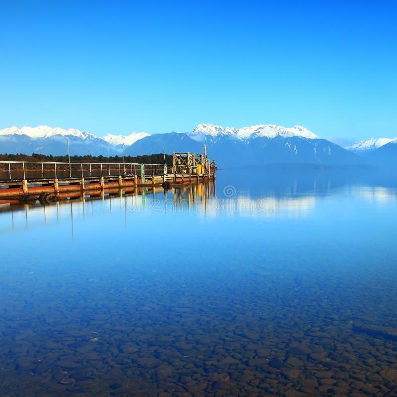 蒂阿瑙湖,新西兰 免版税库存照片