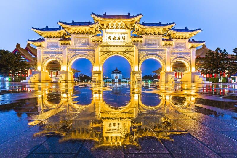 蒋介石CKS纪念堂, Tapiei, Taiw拱道  库存照片