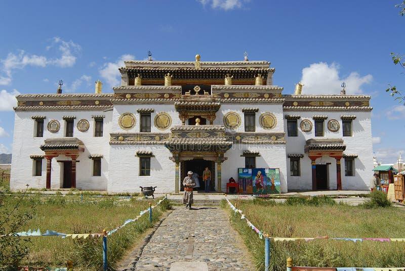 蒙古人民在Kharkhorin,蒙古探索Erdene Zuu修道院 免版税库存图片