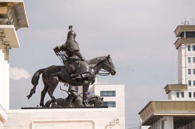 蒙古战士雕象  免版税库存照片
