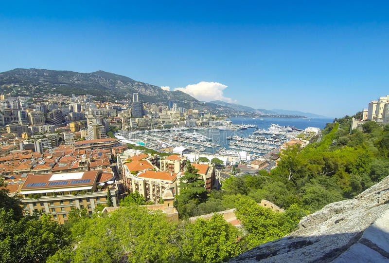 蒙地卡罗市,彻特d ` Azur,摩纳哥全景  免版税库存照片