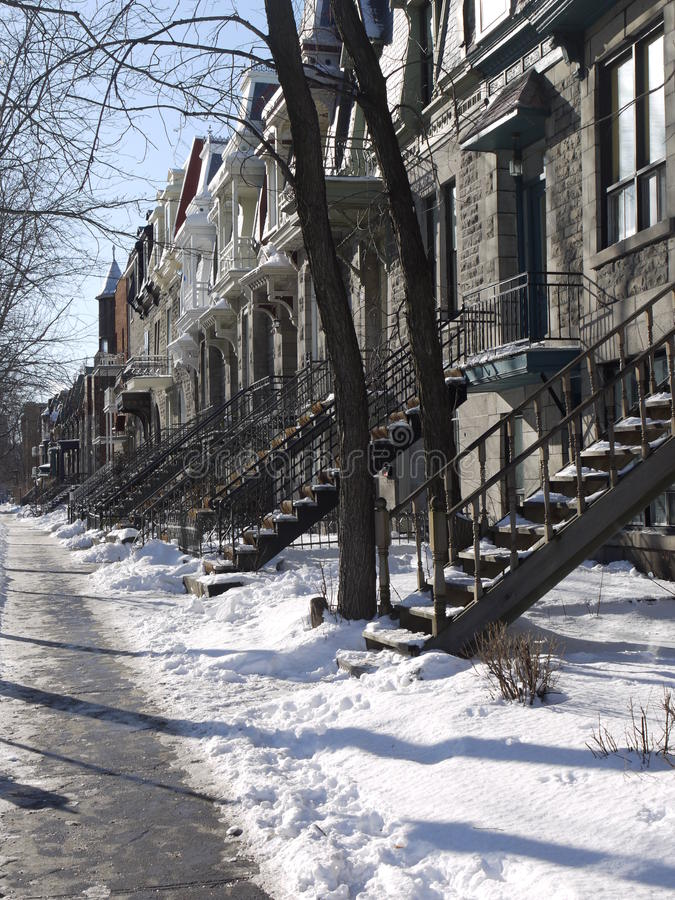 蒙特利尔多雪的街道 免版税图库摄影