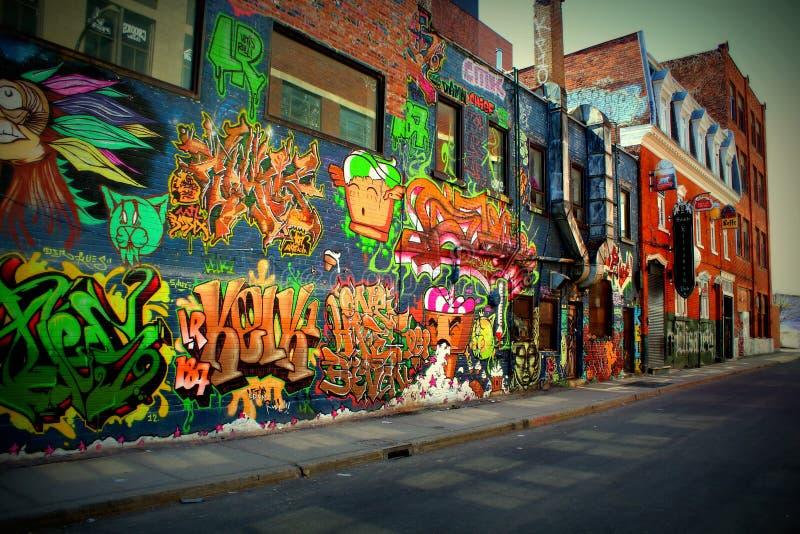 蒙特利尔街艺术,圣徒伊丽莎白街道, MTL 免版税库存照片